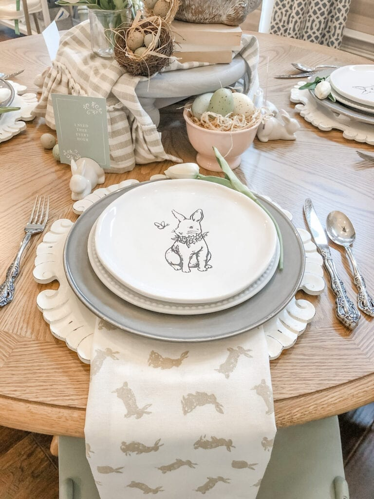 Easter Tablescape with a tulip and bunny centerpiece from Live Oak Nest www.liveoaknest.com