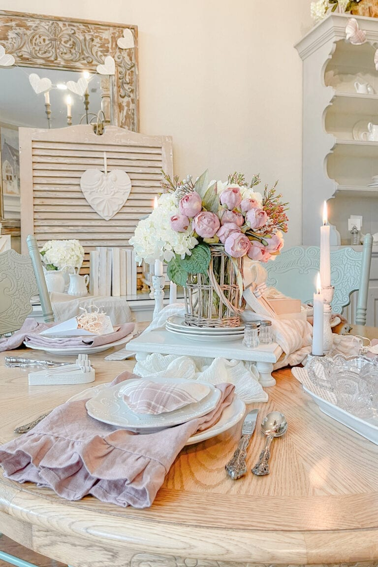 Dining In Romantic Valentines Table