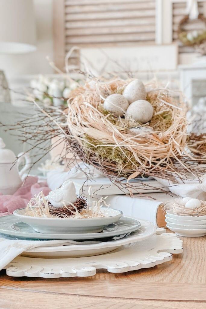 How to Make a DIY Bird Nest, Spring Table Centerpiece Idea, Spring Dining Table Decor, Spring Table Ideas, DIY Bird Nest Tutorial from Live Oak Nest www.liveoaknest.com