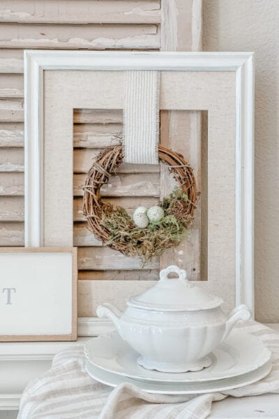 Small Wreath Spring Wall Decor