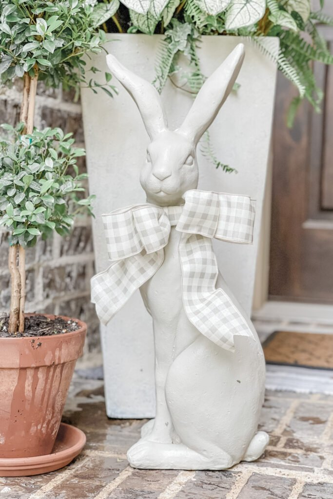 Flower Pot Makeover, Chalk Painted Bunny, Front Porch Refresh with Live Oak Nest www.liveoaknest.com