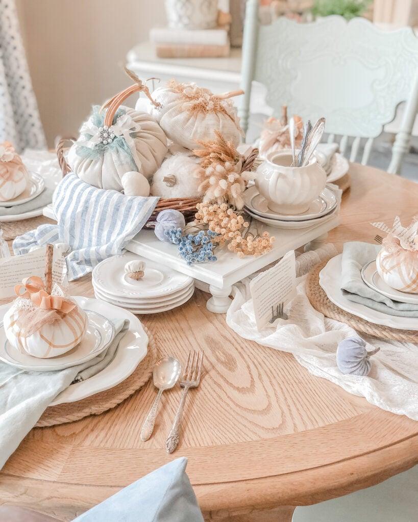 Fall Tablescape Inspiration, Fall Centerpiece Ideas, DIY Fabric Pumpkins from Live Oak Nest www.liveoaknest.com