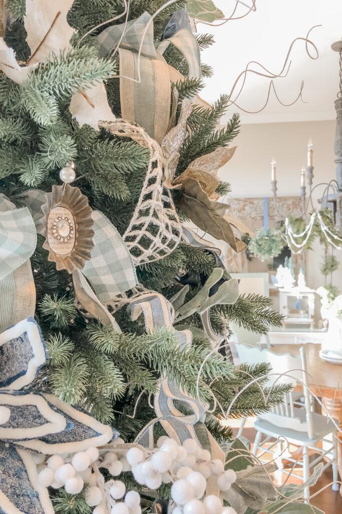 Tart Tin Christmas Ornaments, DIY Christmas Ornaments