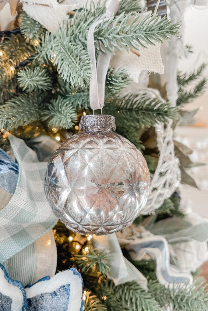 DIY Mercury Glass Christmas Ornament using Plastic Christmas Ornaments, Pretty Christmas DIY, Simple Christmas Tree Decorations