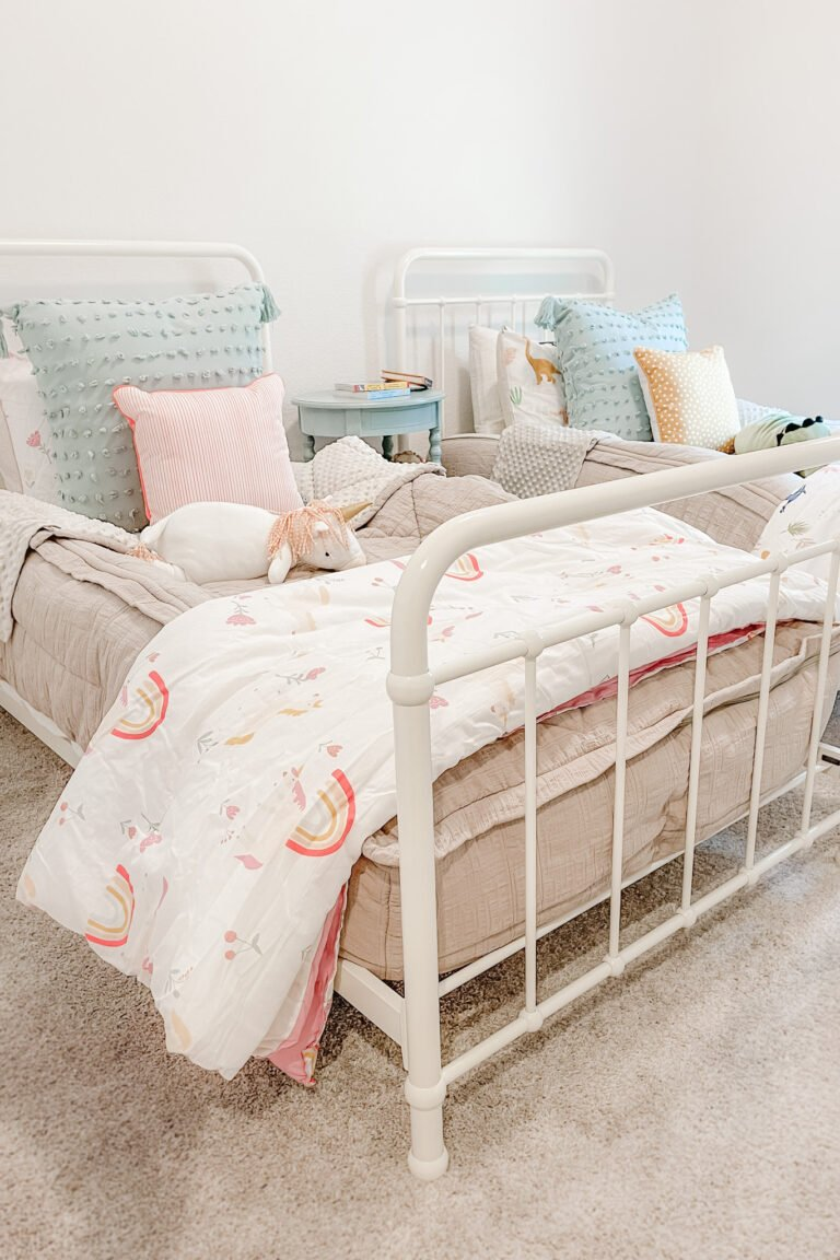Twins Bedroom Makeover